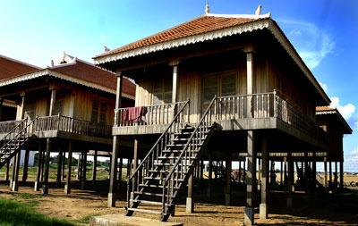 Habitats du monde exemple du cambodge for Habitat du monde